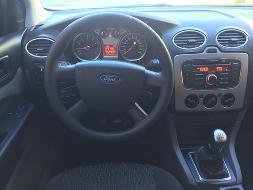 ford focus 1.6 style exe año 2013
