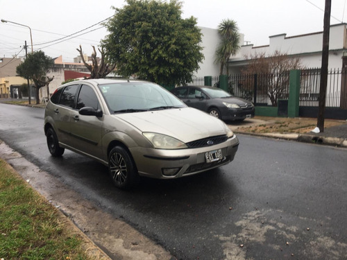 ford focus 1.8 ambiente 2004