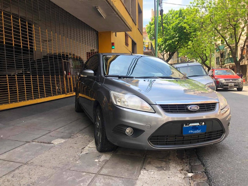 ford focus 1.8 i ambiente mp3 2009