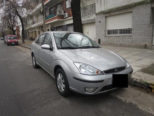 ford focus 1.8 i ghia 4p diesel