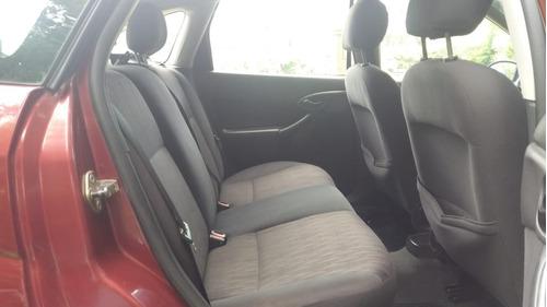 ford focus 1.8 tdci ghia 5 puertas