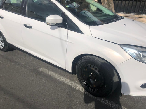 ford focus 2.0 ambiente at
