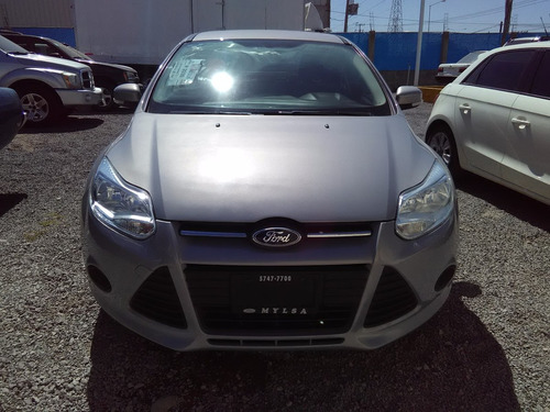 ford focus 2.0 ambiente l4 man mt 2014