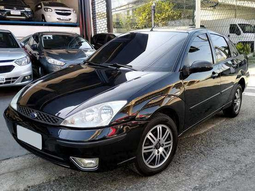 ford focus 2.0 ghia 16v gasolina 4p automático 2004
