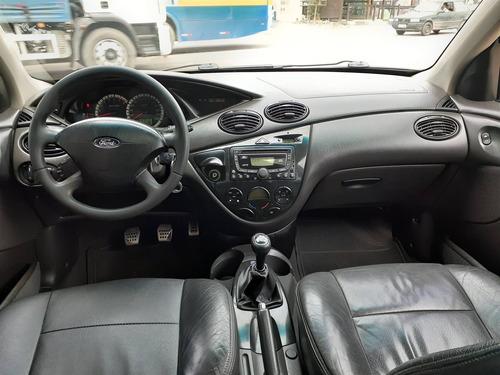 ford focus 2.0 ghia 16v gasolina 4p manual