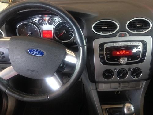 ford focus 2.0 ghia 5p