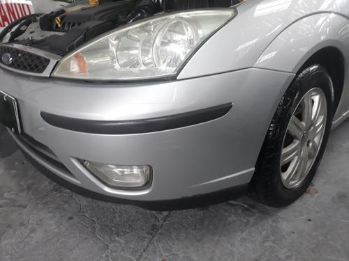 ford focus 2.0 ghia aut. 5p 130 hp 2005