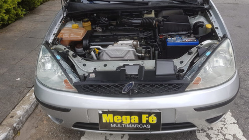 ford focus 2.0 ghia aut. 5p 2005 prata completo 2º dono
