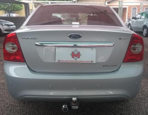 ford focus 2.0 ghia sedan 16v flex 4p automatico 2010/2011