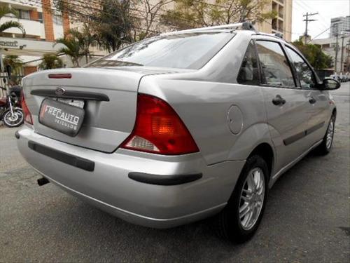 ford focus 2.0 ghia sedan 16v gasolina 4p manual