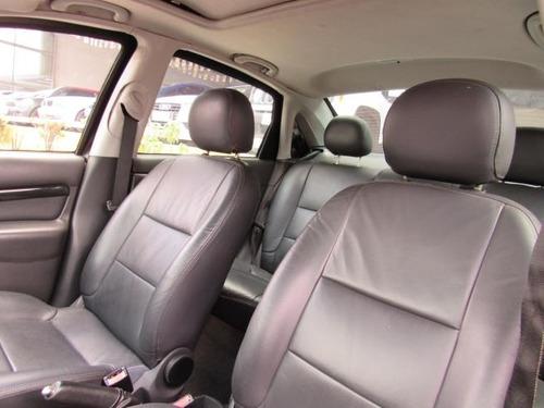 ford focus 2.0 ghia sedan 16v gasolina (blindado) 2004