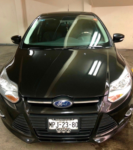 ford focus 2.0 piel quemacocos rin 17 impecable
