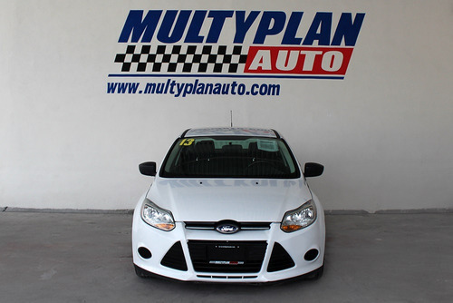 ford focus 2.0 s at 2013