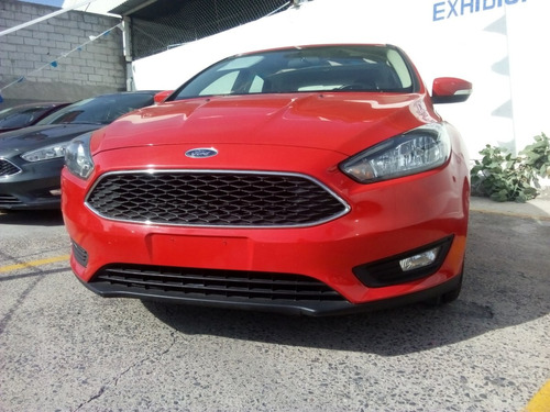 ford focus 2.0 se appearance hchback at q/c piel, crédito