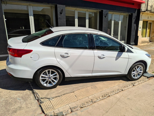 ford focus 2.0 se at 4p 2019 0km