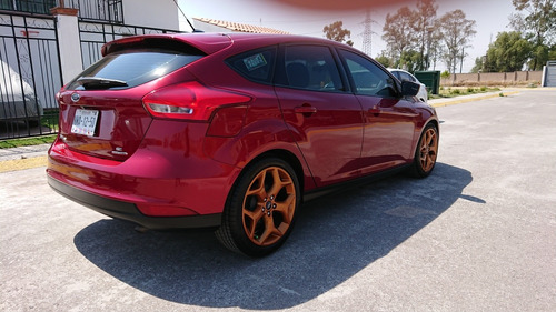 ford focus 2.0 se hchback at 2015