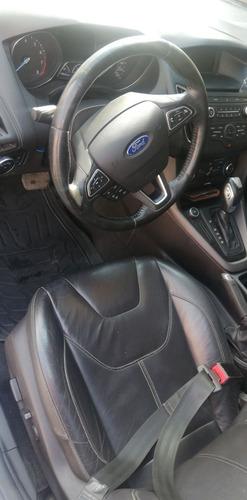 ford focus 2.0 se hchback at 2015