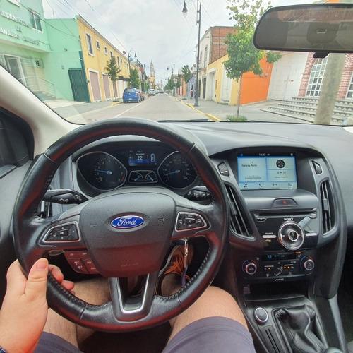 ford focus 2.0 se mt 2016