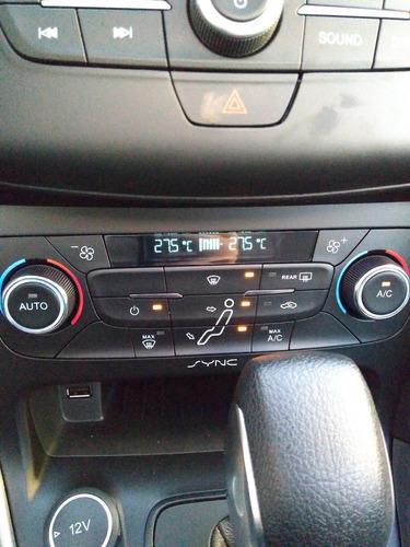 ford focus 2.0 se plus at6
