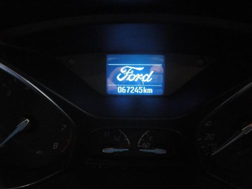 ford focus 2.0 se plus flex automatico  2015