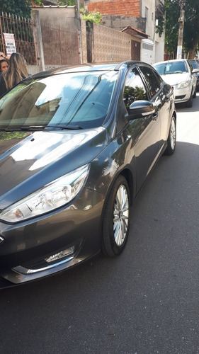 ford focus 2.0 se plus flex powershift 5p