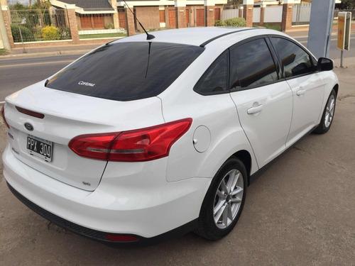 ford focus 2.0 sedan 15.000 km  se 2016