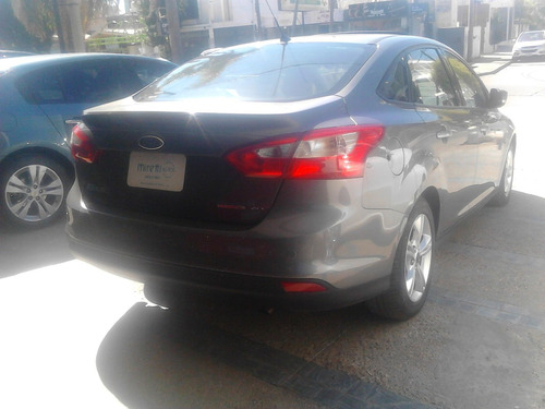 ford focus 2.0 sedan se plus 2014 $235.000 y cuotas