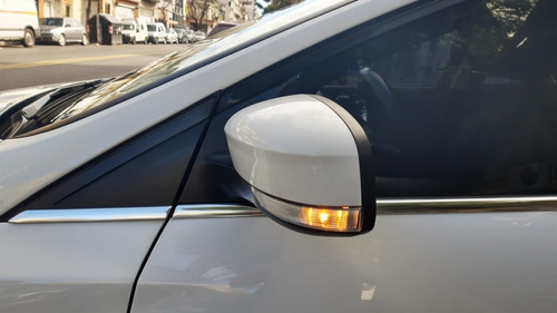 ford focus 2.0 titanium at6
