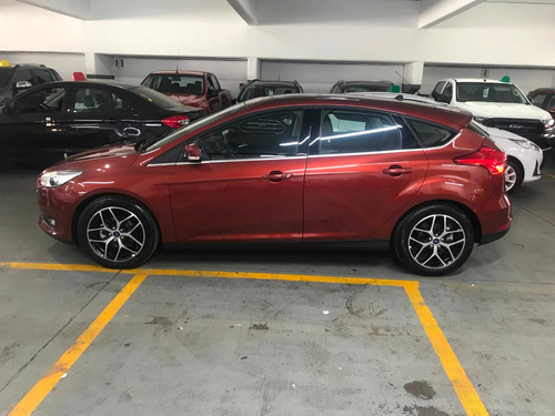 ford focus  2.0 titanium manual grandes clientes 09
