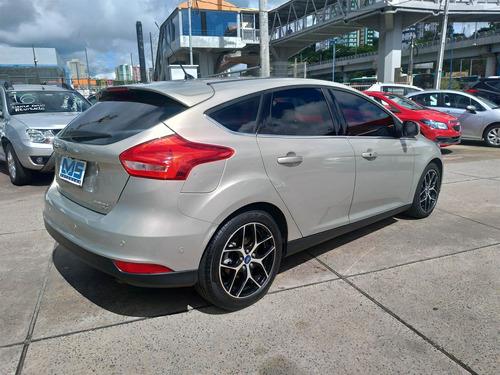 ford focus 2.0 titanium plus fastback 16v flex 4p