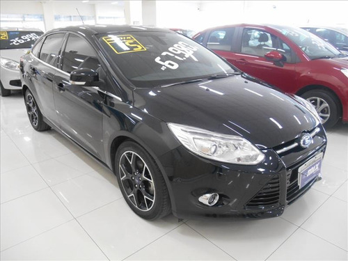 ford focus 2.0 titanium plus sedan 16v