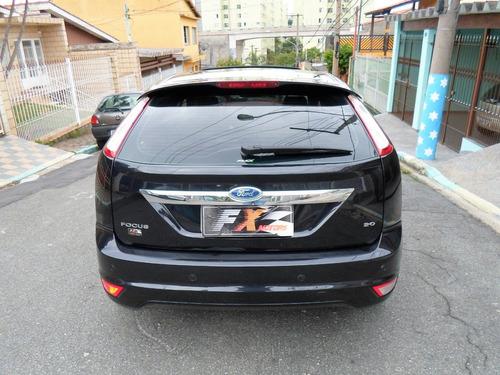 ford focus 2.0 titanium + teto solar - top de linha!