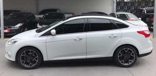 ford focus 2,0 titânio sedan 16v flex 4p powershift