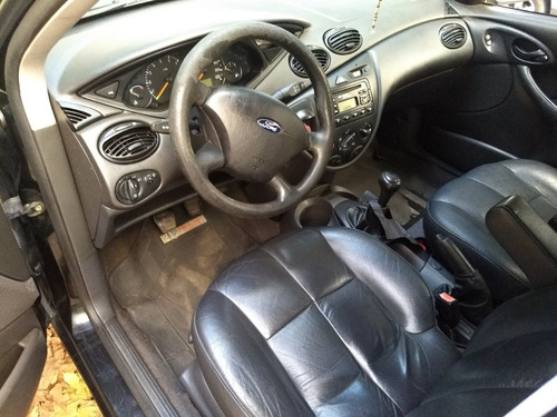 ford focus 2005 5 puertas ambiente 1,6