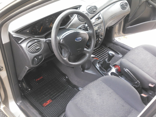 ford focus 2008 nafta motor 1.6 , full full ,5 puertas