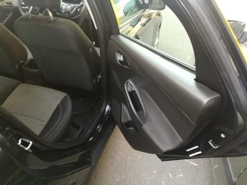 ford focus 2014  s 1.6 sedan  1ª mano