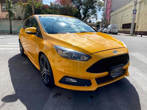ford focus 2015 2.0 st mt