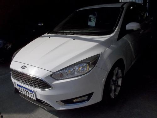 ford focus 2016 se plus automatico levas.