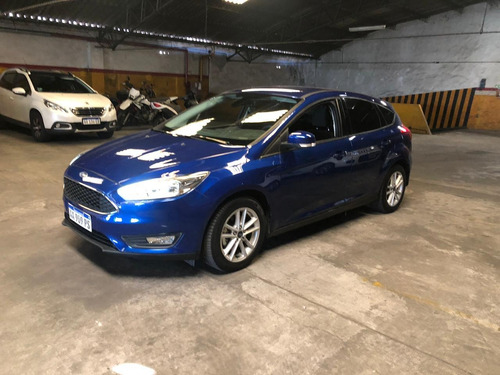 ford focus 2017 impecable 4 puertas 1.6