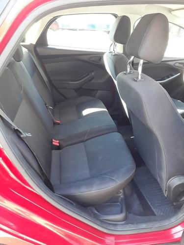 ford focus 3 1.6 s 5 puertas rojo mt