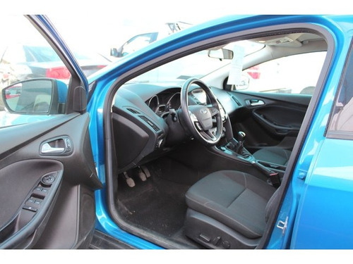 ford focus  4 pts. se, tm5, a/ac., ve 2016 seminuevos