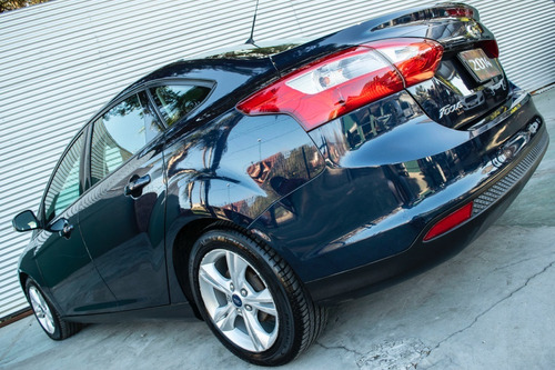 ford focus 4p 1.6l n mt s griff cars