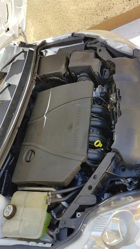 ford focus 4p sedan ambiente 5vel 2009