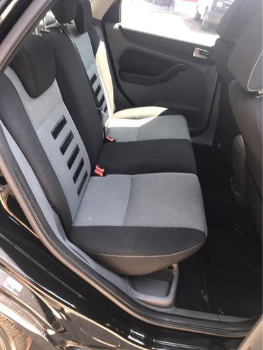 ford focus 4p sedan sport aut 2011