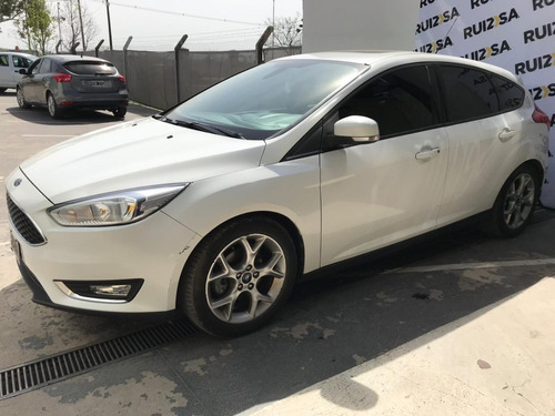 ford focus 5p 2.0 l n mt se plus - v/nueva 2015