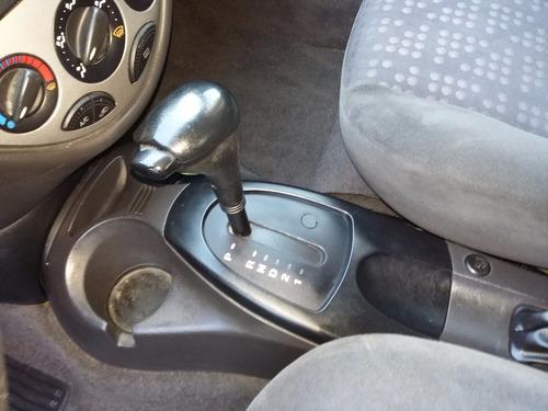 ford focus año 2003  edge 4 puertas automatico gris