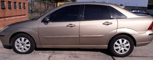 ford focus año 2005 automático