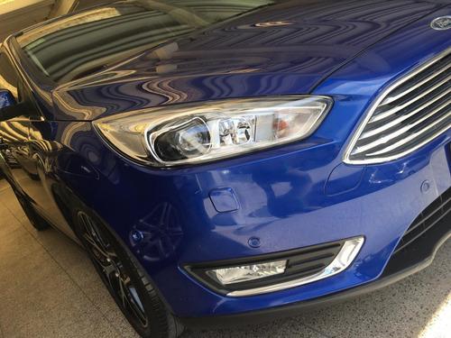 ford  focus at  titanium 2016 cuero / $1.290.000
