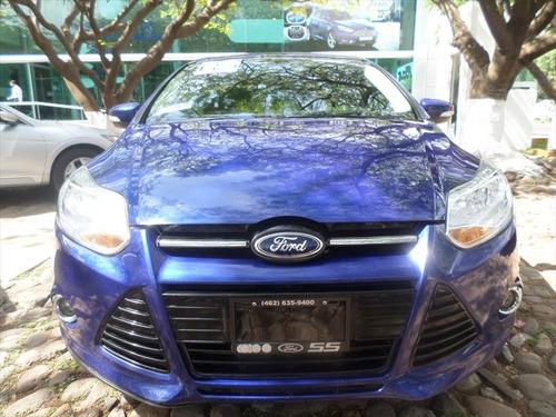 ford focus aut