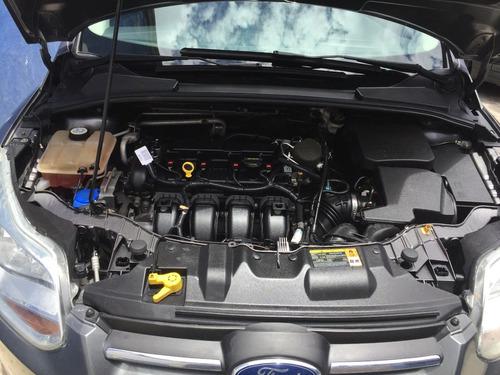 ford focus auto